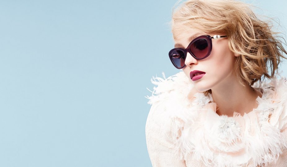 woman sunglases